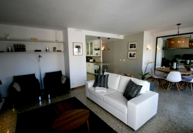 Apartamento en Sitges - Bartomeu central Terrace apartment
