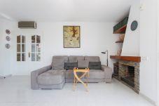 Villa en Sitges - VILLA FLORA